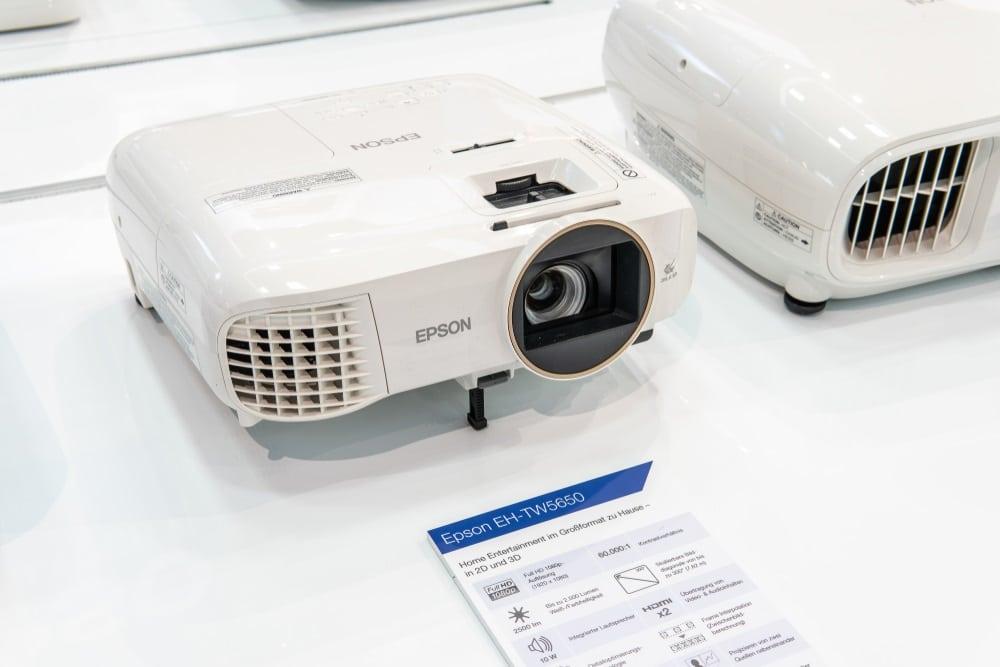 Epson videoproiettori la migliore tecnologia a servizio della produttività